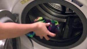 Was het shirt met een beetje wasmiddel uit in de wasmachine